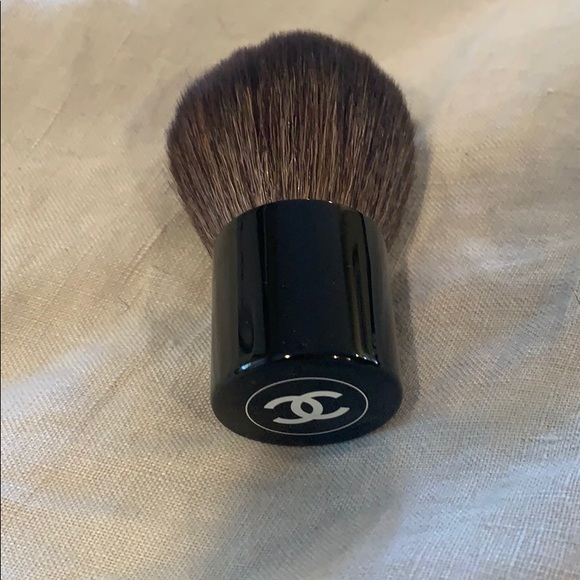 CHANEL Other - Chanel powder brush